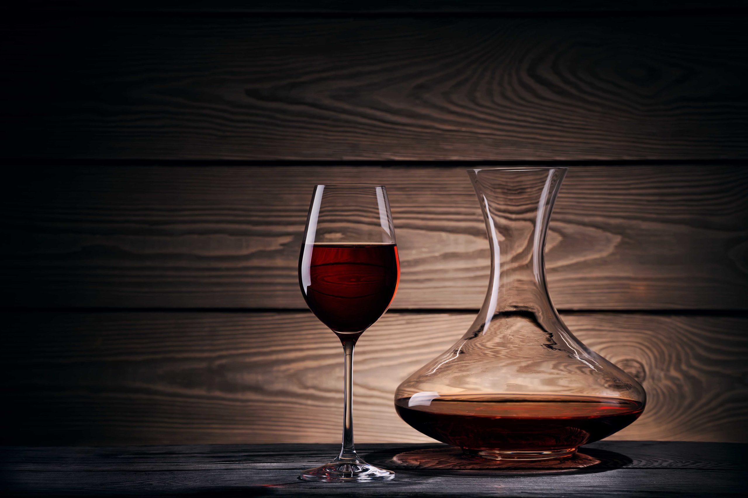 ワインの熟成とデカンタージュ。温度と空気が起こす素敵な化学反応